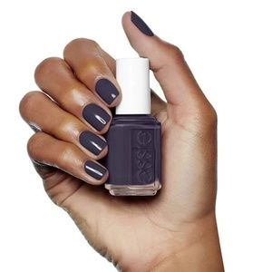 4/$20 Essie smokin hot polish